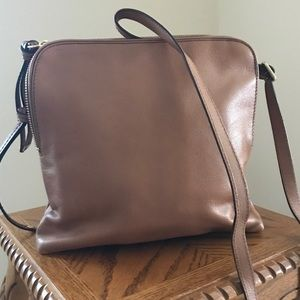 Handbag-crossbody style